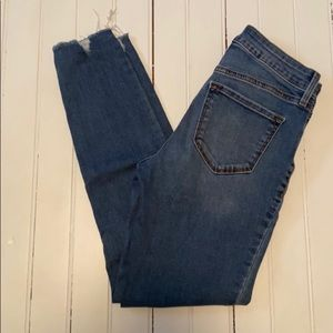 Old Navy Mid-Rise Rockstar Jeans Distressed Size 0